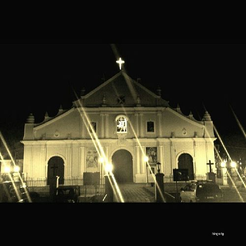 "Vigan Cathedral (also known as St Paul's Metropolitan Cathedral) is an imposing creamy-white building built in the ""earthquake baroque"" style with thick buttresses to support it through earthquakes and typhoons."
