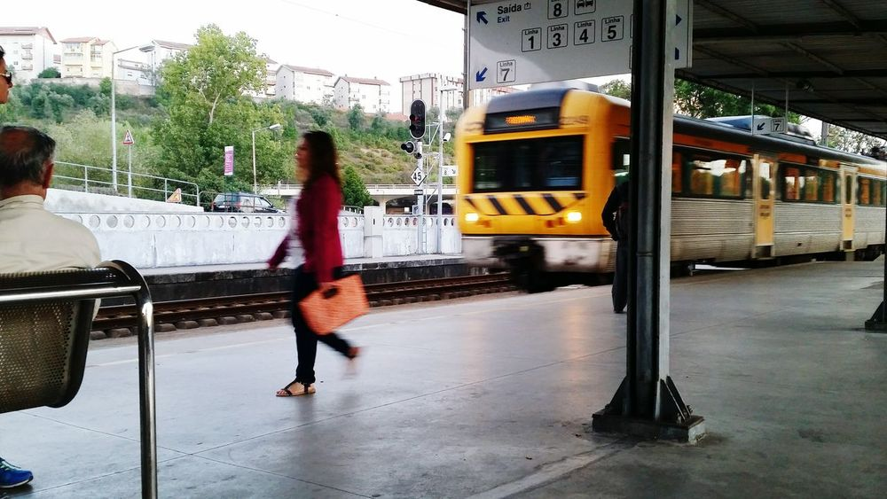 Need For Speed Taking Photos Everyday Life Train Train Station Train Tracks Railway Railwaystation Portugal Feel The Journey Showcase June Pivotal Ideas Paint The Town Yellow