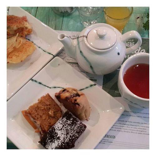 Tarde de mujeres Fashiontalk Lifestyleblogger Teatime Carrotcake Baguel Chocolatecake Scones Divineblog DeliciousFood  Street Food Worldwide