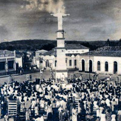 Inauguração do Cristo em Caxiasma ... Recordando  Hist óriaCaxiense