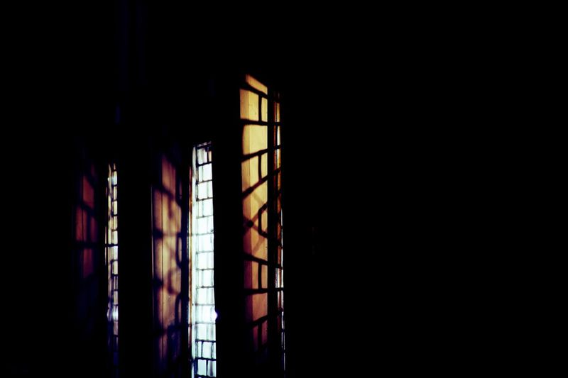 Light And Shadow EyeEm Selects Window Copy Space Indoors  Dark Architecture No People Built Structure Darkroom Low Angle View Window Frame Glass - Material