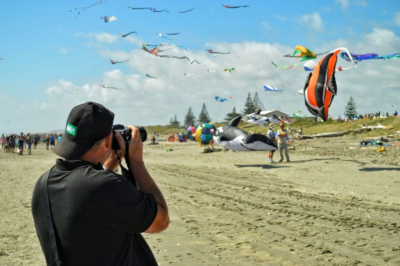 Me Capturing The Moment of someone Capturing Movement at the Kite Festival on Otaki Beach sure was a Beautiful Day Nice Warm Breeze loads of Sunshine with lashings of Blue Sky Clouds a pretty good Crowd too Wandering Around Lookingup so all round Great Atmosphere Fun For All Ages. much Photography and Photo Opportunity Everywhere 😊😊😊😁😁😁📷📷📷 Enjoying Life Malephotographerofthemonth From My Point Of View Eye4photography  Getting Inspired New Zealand Scenery