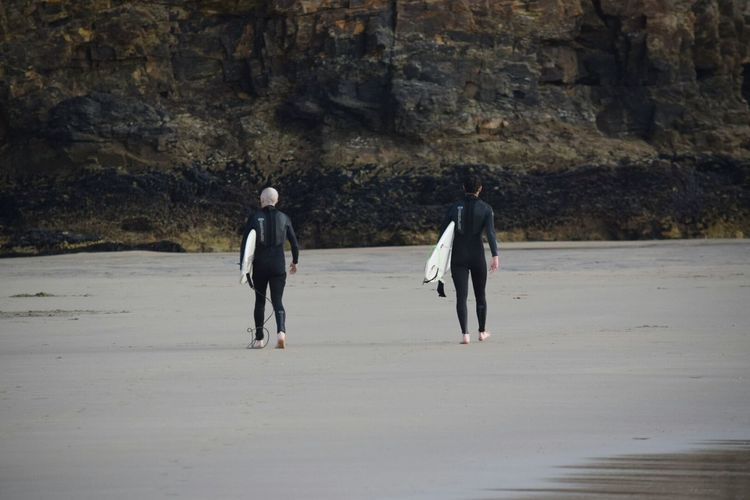 Two Of A Kind Walking The Way Forward NIKON D5300 Two Is Better Than One Two Of A Kind Pentaxamania Outdoors EyeEm Best Shots EyeEm Newquay