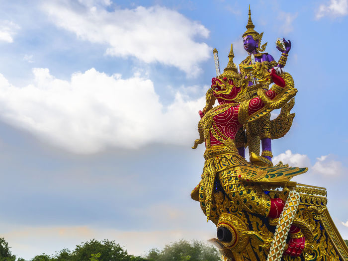 The bow of the royal barge narai song suban, the sky background