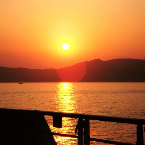 Sundowner Aida Mittelmeer Kreuzfahrt Kreuzfahrtschiff Cruise Sunset Sun Orange Color Scenics Beauty In Nature Sea Nature Tranquility Water Silhouette Sunlight Clear Sky