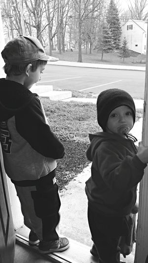 Taking Photos Enjoying Life Check This Out Black & White Playful Children EyeEm Gallery Little Boys Blackandwhite Photography Monochrome Black&white Blackandwhite Looking Outside Looking Out My Front Door Children Childhood Everyday Lives Mylife Photography Observing Showcase: February