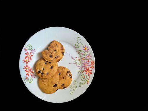 My evening Cookies🍪 Black Background Food Plate Cookie Indoors  Ready-to-eat Close-up Biscuit Cookies Biscuit Time Biscuits <3 Biscuits Crunchips Crunchies Crunchy & Sweet Crunches Crunchycrunchy Crunch Crunchtime Crunchie Snacktime Biscuits🍪 Favorite Picture Fotofon EyeEmNewHere