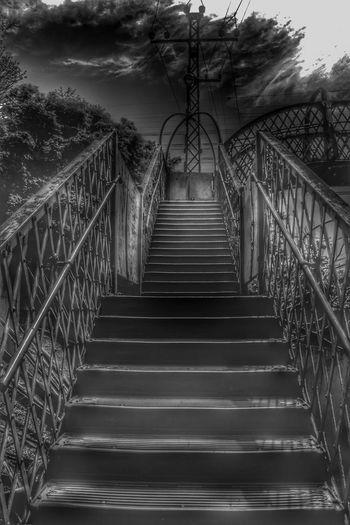 The Way Forward Architecture Railroad Station Platform Blackandwhitephotography Undergroundphotography Dramatic Black And White Estação Vila Clarice Metal Structure CPTM