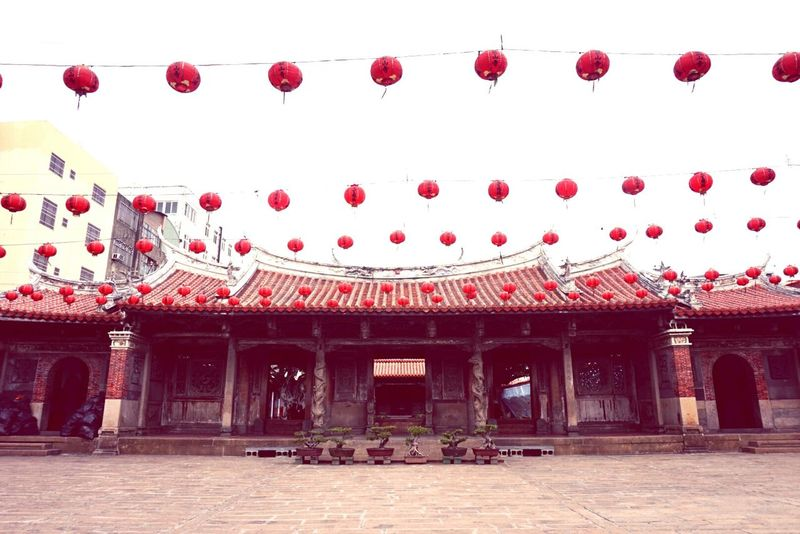 Longshang Temple, one of the oldest and most famous Taiwanese temples. Lukang Temples Ancient Town Ancient Architecture Traveling Buddhist Temple Rule Of Thirds Red Lanterns Changhua