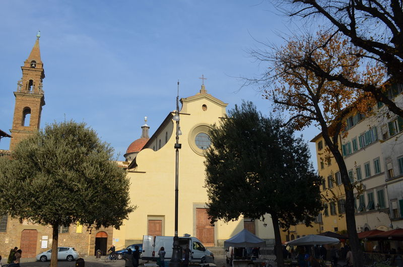 Travael Nofilter Life In The City Italy 🇮🇹 Florence, Italy Downtown District Square Day Piazza Santo Spirito Sunlight Cityscape Sunny Day Architecture Built Structure Building Exterior City Town Travel Destinations