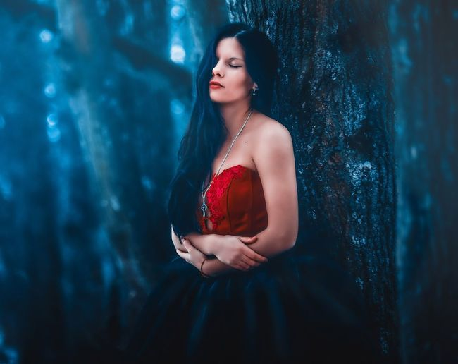 Girl Model Gothic Reddress Forest Night