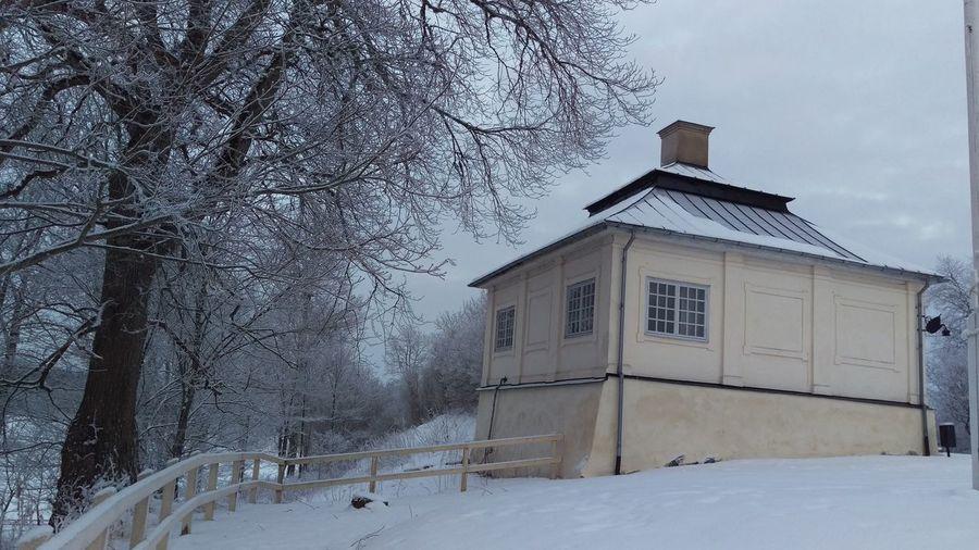It's Cold Outside Östergötland Ekenäs Ekenäs Castle Ekenäs Slott Snow Winter Wintertime Sweden Scandinavia Cold Day Winter Day Snowy Day View