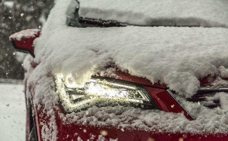 Car Cold Temperature Erster Schnee First Snow Traffic Verkehr Winter Wintertime
