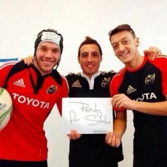 "@arsenal players are ready for the match against ""Stoke City"" ? Arsenal Gunners Santi  pdolski ozil"