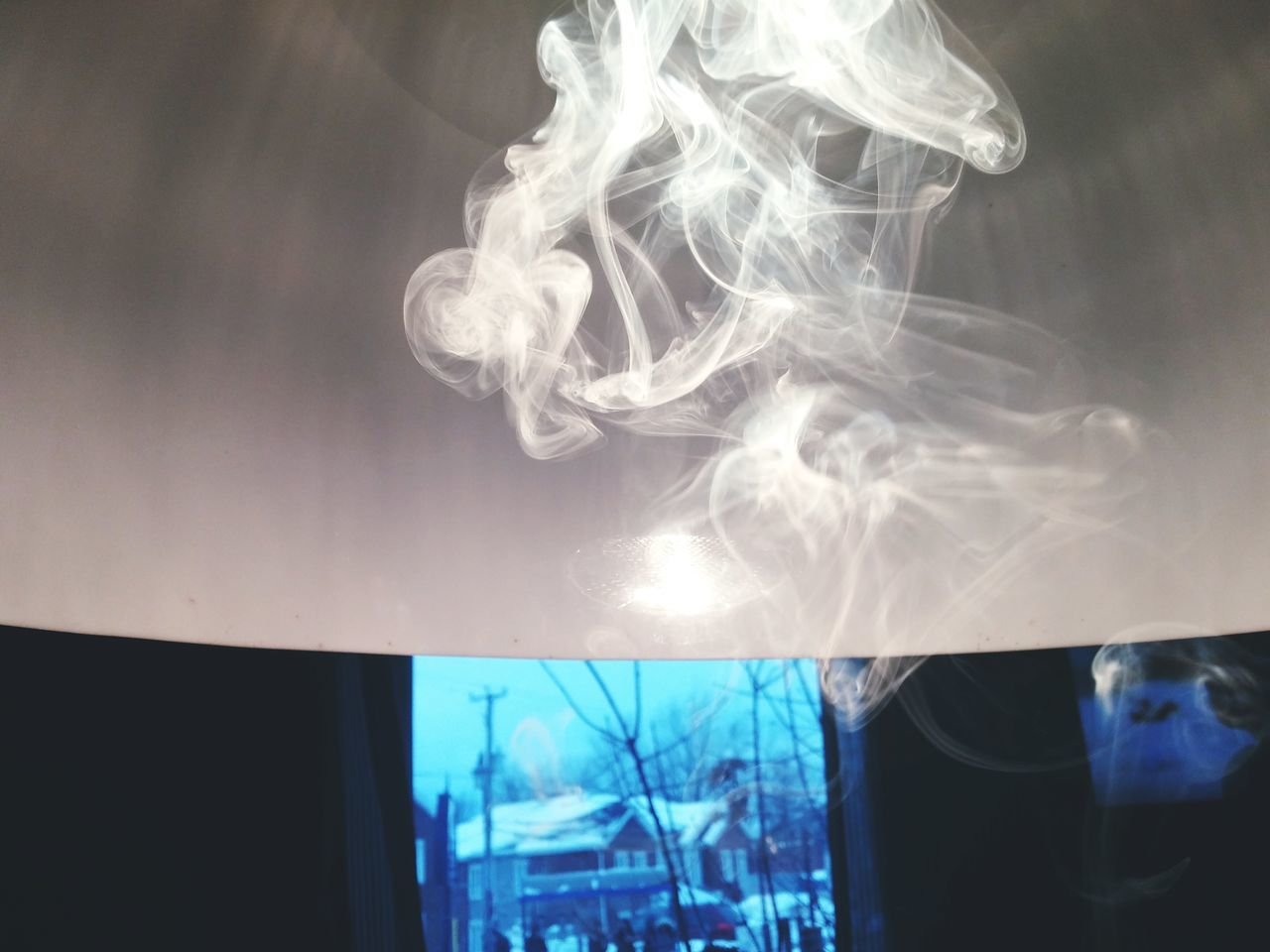 smoke - physical structure, no people, indoors, close-up, day