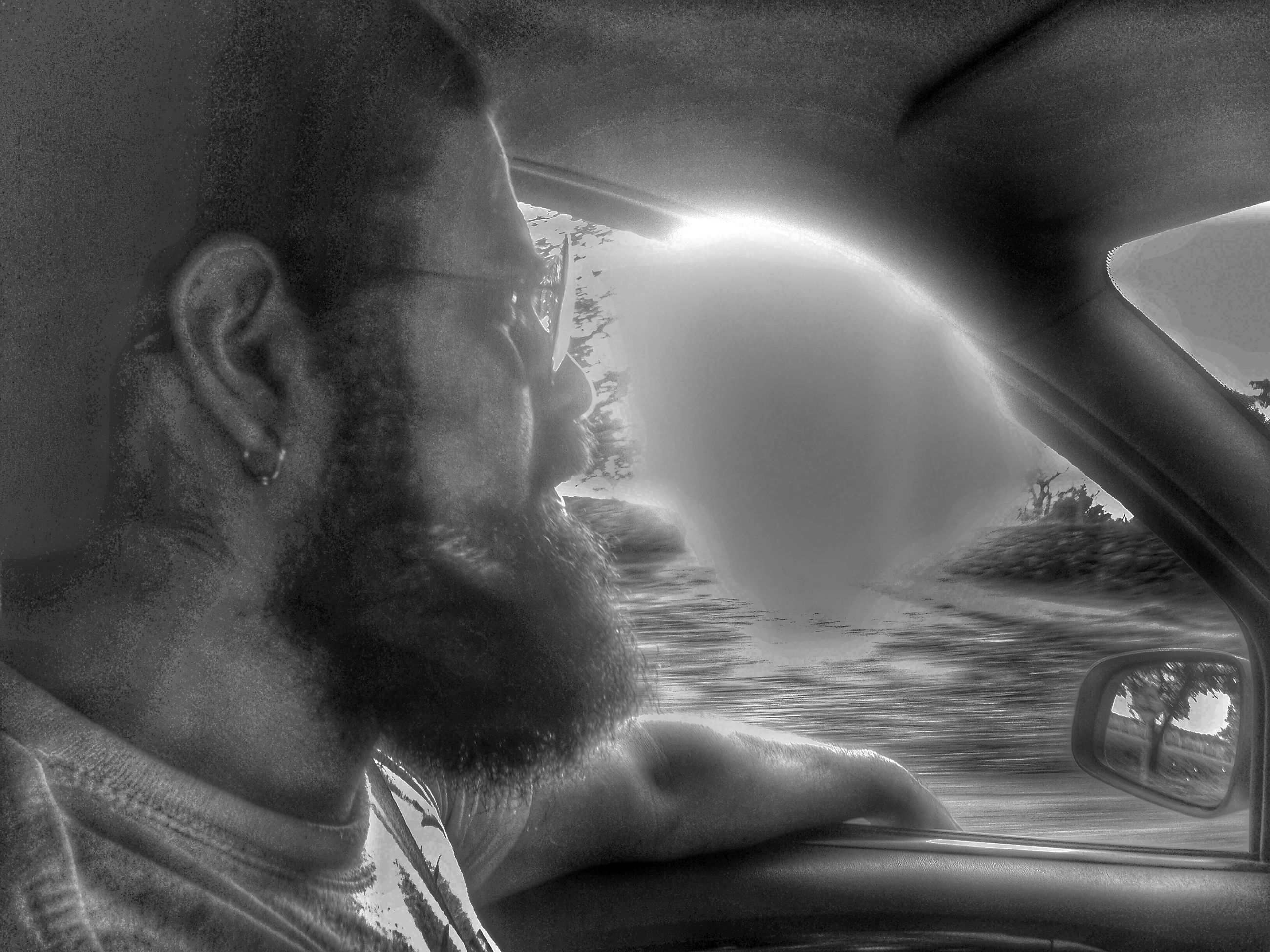 lifestyles, leisure activity, water, young adult, indoors, young women, headshot, window, men, person, vehicle interior, sunlight, sea, transparent, day, motion