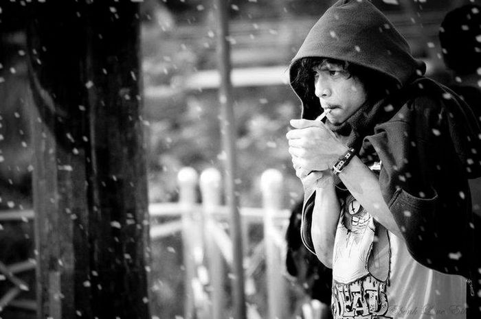 Today's Hot Look Portrait Black & White Snow :)