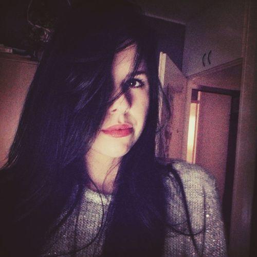 Red Lipstick Black Hair That's Me