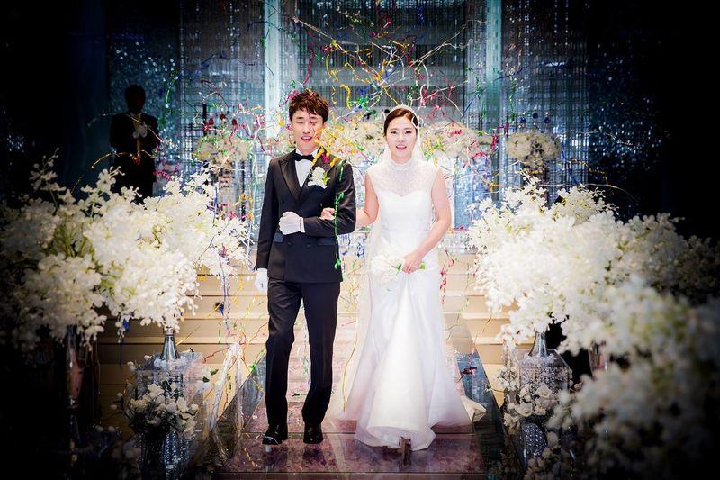 Wedding Wedding Dress Two People Love Daily 웨딩스냅 아이리스넵 출장사진 Wedding Photography Canon Canon 5d Mark Lll 70-200mm F/2.8L Day Irisnap 본식스냅 Korean Wedding