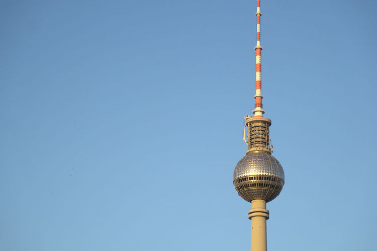 one of the classics Tourism Travel Travel Destinations Copy Space Backgrounds Minimalism Crop  Part Of Famous Place Tall - High Television Tower Blue Architecture Abstract Architecture Communication Low Angle View Built Structure Global Communications Sphere Building Exterior Sky Tower Architecture 17.62° My Best Photo