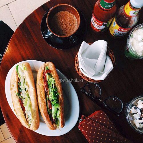 Coffee And Cigarettes Lozi Lozihanoi Hanoifood Vietnamese Food Foodporn Foodphotography Eating In My Mouf