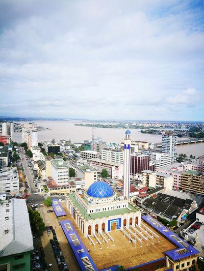 ...... AbidjanByDay ILoveMyAfrica