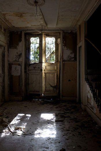 Abandoned Architecture Bad Condition Damaged Day Daylight Desolate Destruction Dirty Home Interior House Indoors  No People Old Ruin Rotting Run-down Window