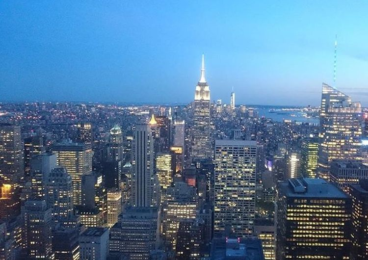 Night falling down @ New York Newyork Nightfall Skyline Helloworld EyeEm Sony Sonyxperia Tworddonker