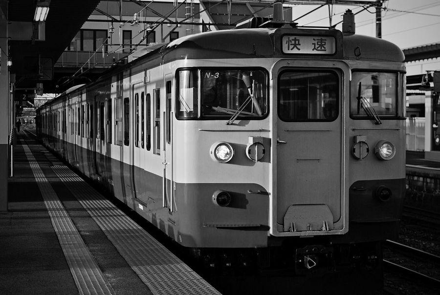 国鉄 115系 Train Transportation Platform Train Station Trainphotography 電車 Public Transportation No People Nikon D80 Tokina 35-70mm F3.5 at Niitsu Station in Niigata-shi , Japan