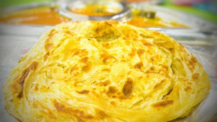Indoors  Close-up Food Food And Drink Ready-to-eat Indulgence Sweet Food Temptation Paratha Roti Canai And Curries