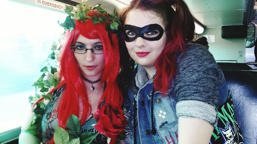 Harley And Ivy Going Downtown Random Cosplay great day to walk around Chicago Hi! Love ♥