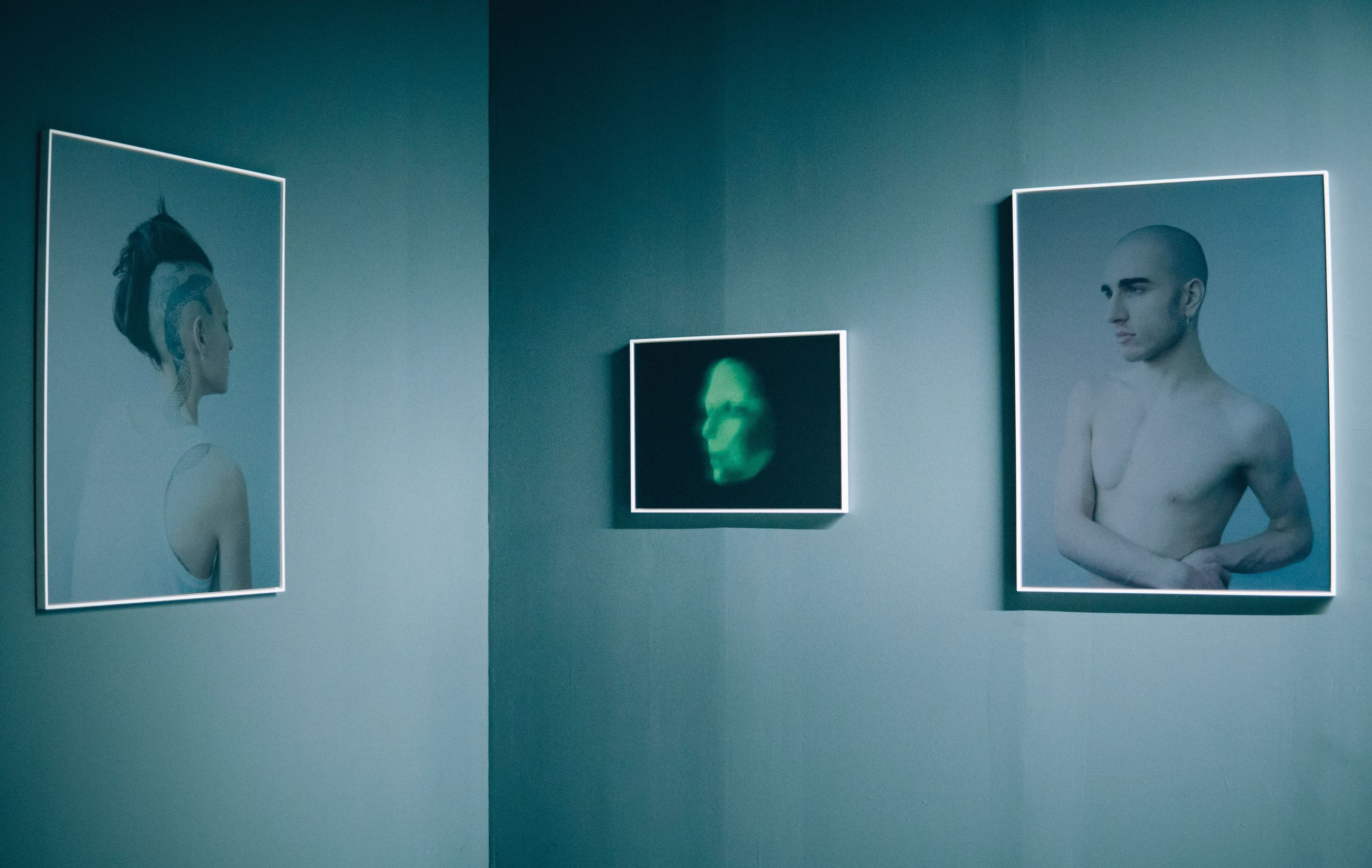 human representation, picture frame, male likeness, indoors, no people, sculpture, photograph, statue, close-up, technology, day