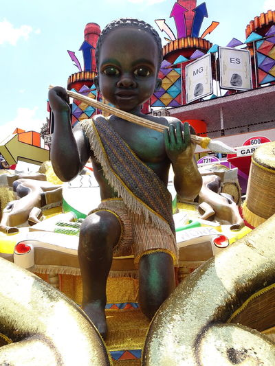 ezefer Amusement Park Art Arts Culture And Entertainment ArtWork Carnaval Carnaval2017sp Carnival Day Looking At Camera Multi Colored One Person Outdoors People Portrait Sky Statue