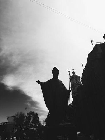 Blackandwhite Statue Silhouette