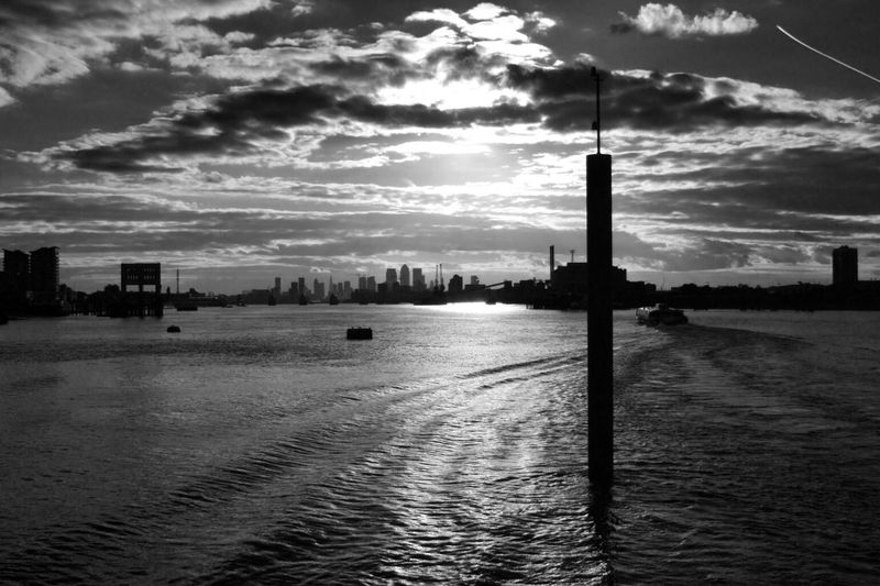 Shine ... great Sky And Clouds over LONDON❤ Cloud - Sky EyeEm Best Shots Sky_collection River Thames Blackandwhite EyeEm Best Shots - Black + White