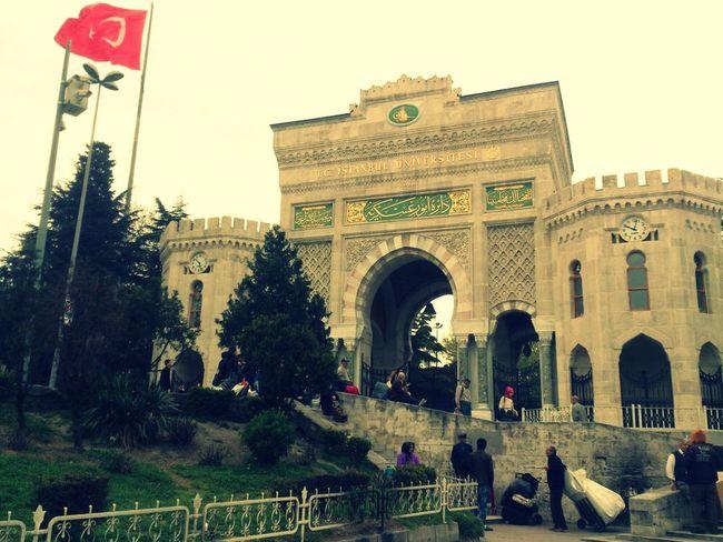 Istanbuluniversity MyUniversity Taking Photos