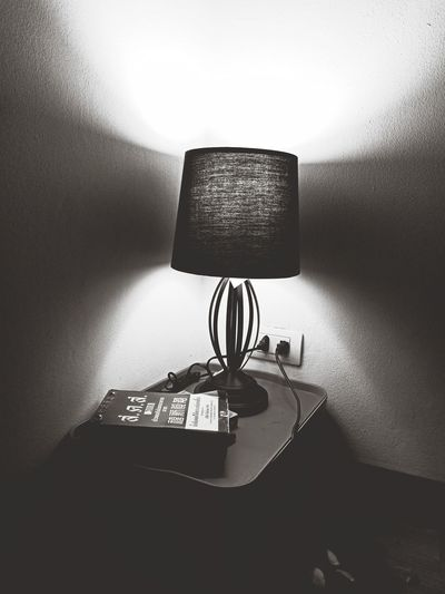 the lamp light in the conor Technology Pixelated Floor Lamp Side Table Electric Lamp Lamp Shade  Desk Lamp Lamp Darkroom