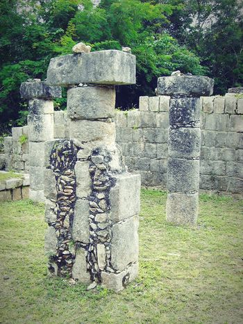 Columns in Chichen Itzá - Yucatán - Mexico Grass Day Architectural Column Architecture Mayan Ruins Ancient History Yucatan Mexico History Architecture Built Structure Outdoors Ancient Archaeological Sites Travel Destinations Chichen Itza Vacations Outdoor Photography Archaeology Maya Cultures Yucatan Peninsula Columns And Pillars Travel Photography Mayan Ancient Civilization No People