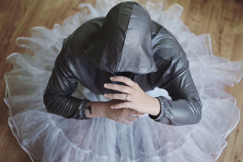Silver dance. Silver  EyeEm Selects Indoors  Bed One Person Real People Clothing Lifestyles High Angle View Leisure Activity Covering Obscured Face Relaxation Unrecognizable Person Textile The Fashion Photographer - 2018 EyeEm Awards