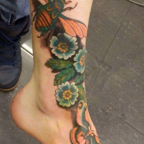 Gorgeously Diffrent foot piece by kerry Tattoo Whiteflame Kerrylavulotattoist Foottattoo Flowers Beetle Colourtattoo Wildlife & Nature Loveit Prettyfeets