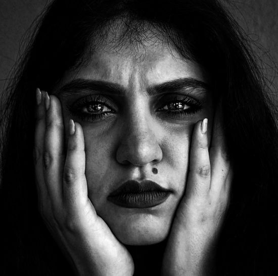 Anxious eyes Portrait Blackandwhite Black And White Black & White Expressive Eyes Art Portrait Of A Woman Portraits Girl Woman Photooftheday Photography Canon The Portraitist - 2018 EyeEm Awards EyeEmNewHere