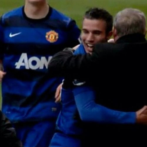 Vanpersie just warmed my Heart with his celebration with SirFerguson and the coaching Team . ManchesterUnited mufc rvp sirAlex manutdfanpage manufc football soccerSunday soccer