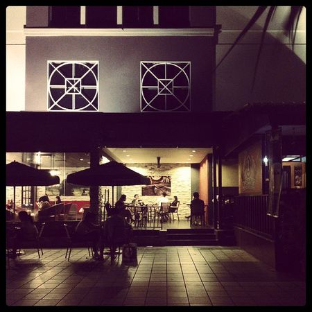 My most favorite place in Miri - Starbucks =)) Miri Parkson Starbucks