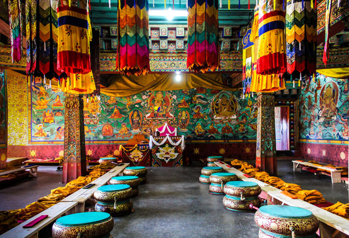 Place Of Worship Spirituality Holyplace Culture Culture And Tradition Bhutanese Culture Bhutandiaries Bhutanese Architecture Textile Wood Carving Colors Organized Peace ✌ Celebration Canon700D Canonphotography EyeEm Best Shots EyeEm Diversity Art Is Everywhere