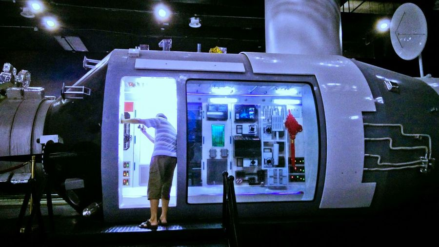 Hi! Taking Photos Space Capsules Science And Technology Museum Capsule The Color Of Technology