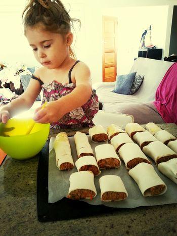 Sausageroll in making