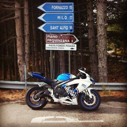 Moto Gsxr 600 Suzuky Etna