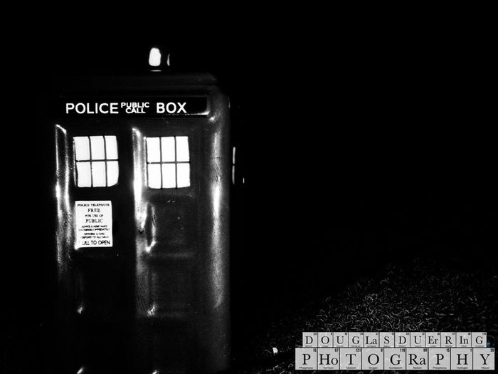 Tardis of the day. Fading into the darkness. Enjoying Life Tardisoftheday Doctorwho Tardis EyeEm Gallery Best EyeEm Shot Mypointofview Pittsburgh Photo Of The Day Photooftheday Check This Out Exceptional Photographs Eye4photography  Photographic Memory Popular Photos EyeEm Best Shots EyeEmBestPics EyeEm Best Edits Photographylovers Duerringphoto Balance And Composure Black And White First Eyeem Photo Monochrome Monochrome_life