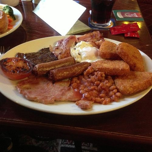 The perfect hangover cure! Steakbreakfast Hangover Bluebell Breakfast