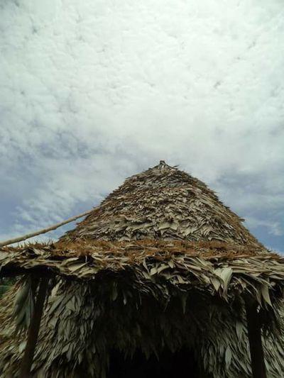 Casa cónica indígena Nuestras Raices